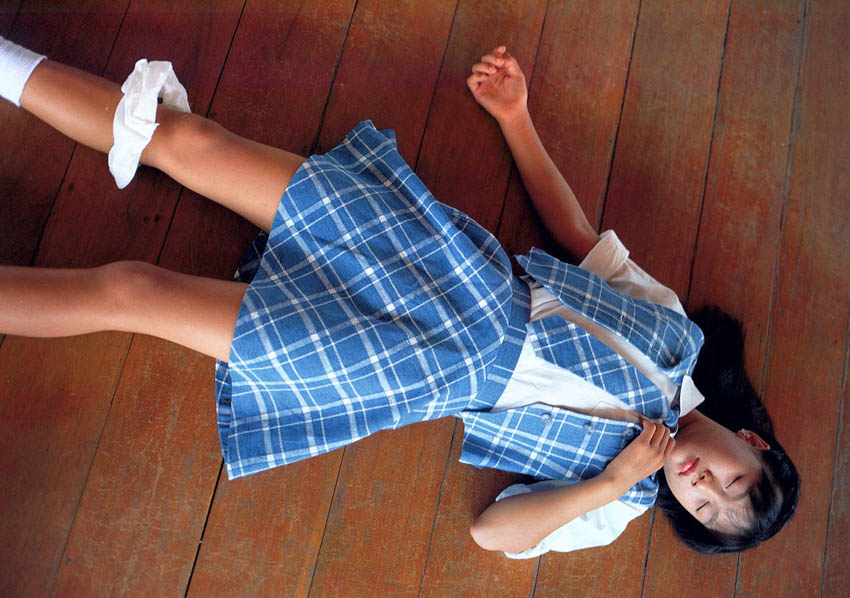 Photo: http://yuuji.moe-nifty.com/.shared/image.html?/photos/uncategorized/2011/09/14/6years2092_2.jpg
